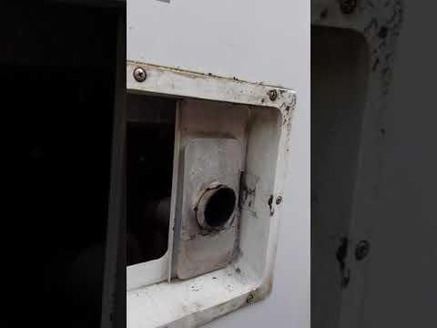 Bomann Kühlschrank Ablauf Verstopft : Ablauf im kühlschrank verstopft so reinigen sie den wasser ablauf