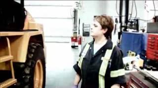 Jen Willis: Heavy Duty Technician
