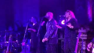 "Baixar Tori Kelly - ""Help Us To Love"" Hiding Place Tour L.A."