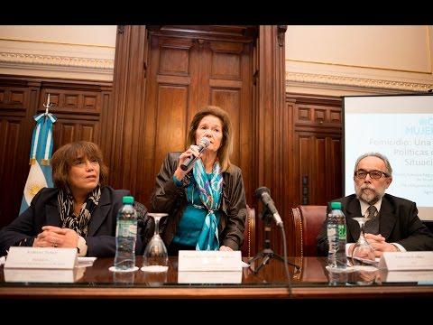 Elena Highton de Nolasco encabezó una conferencia sobre femicidio
