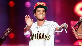 Bruno Mars Kicks Off 2017 BET Awards With EPIC
