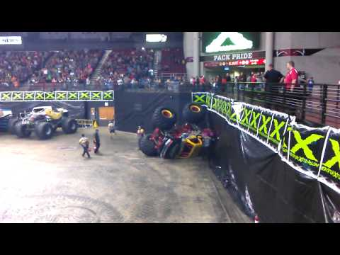Monster Truck Rock Star flips during Monster X fre