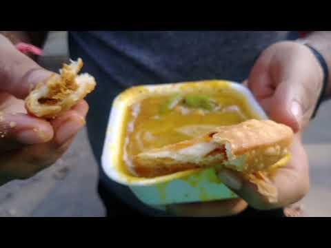 Popular breakfast of delhi-kachori & lassi | Indian street food
