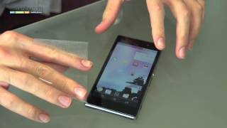 How to remove your Sony Xperia Z1 screen protector