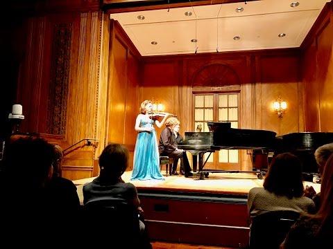 Ania Filochowska Plays Sibelius Violin Concerto