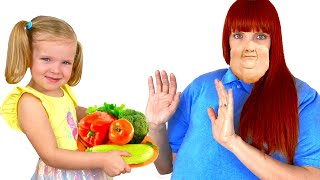 Monica teaches mom to eat healthy food and exercise