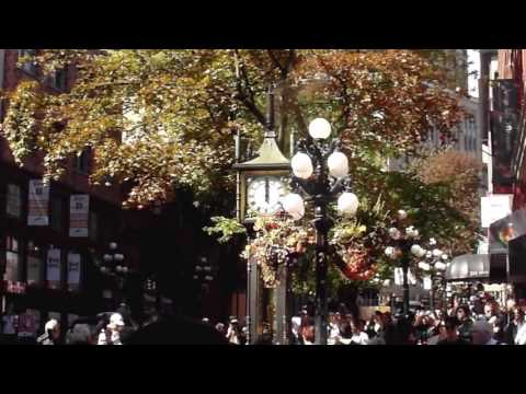 Steam Clock working and playing in Gastown, Vancouver, BC, Canada 2016