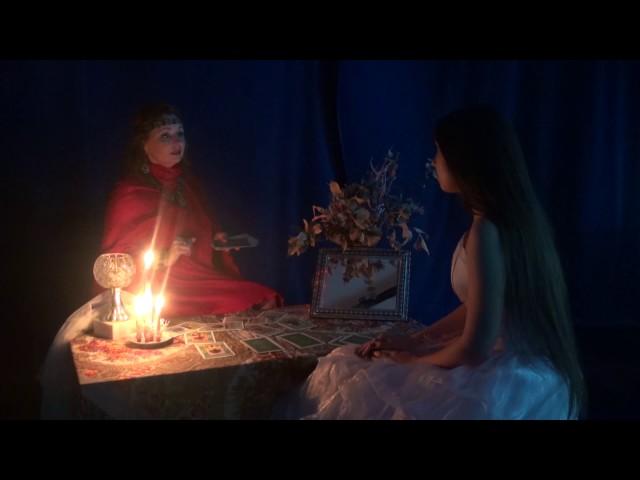 Изображение предпросмотра прочтения – ЯнаБоева читает произведение «Гадающей невесте» Н.А.Некрасова