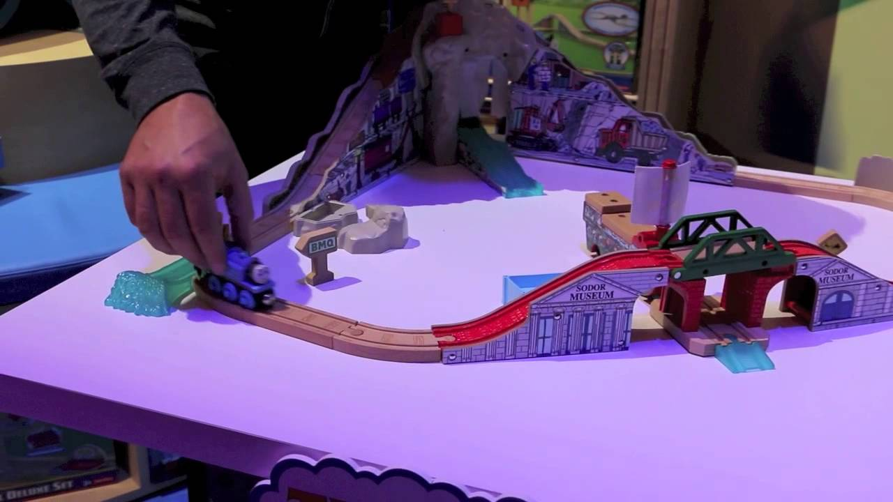 Thomas the Train Wooden Railway Pirate Cove Discovery Set - YouTube