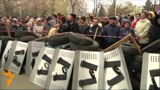 Armed Separatist Protesters Takes Police Station In Eastern Ukraine