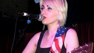 JESSICA Lea MAYFIELD 🌞 Standing In The Sun