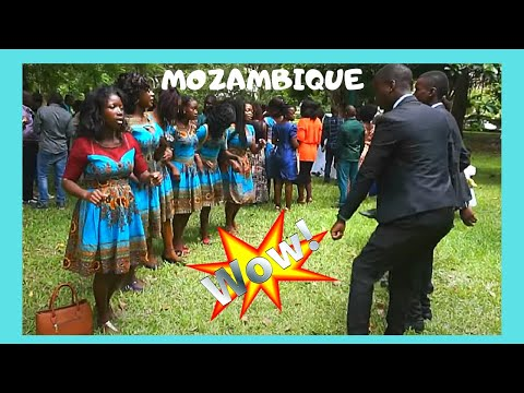 MOZAMBIQUE; Traditional WEDDING DANCING & SINGING in  MAPUTO (AFRICA)