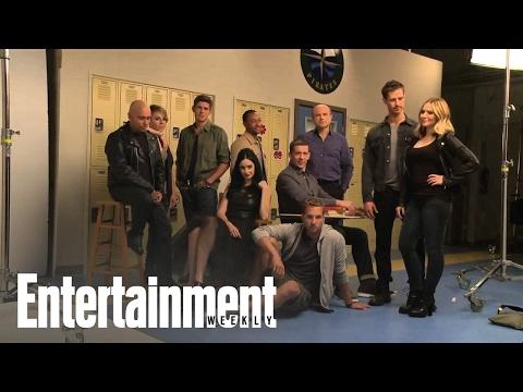 Veronica Mars: Kristen Bell, Jason Dohring, Enrico Colantoni  Cover Shoot  Entertainment Weekly