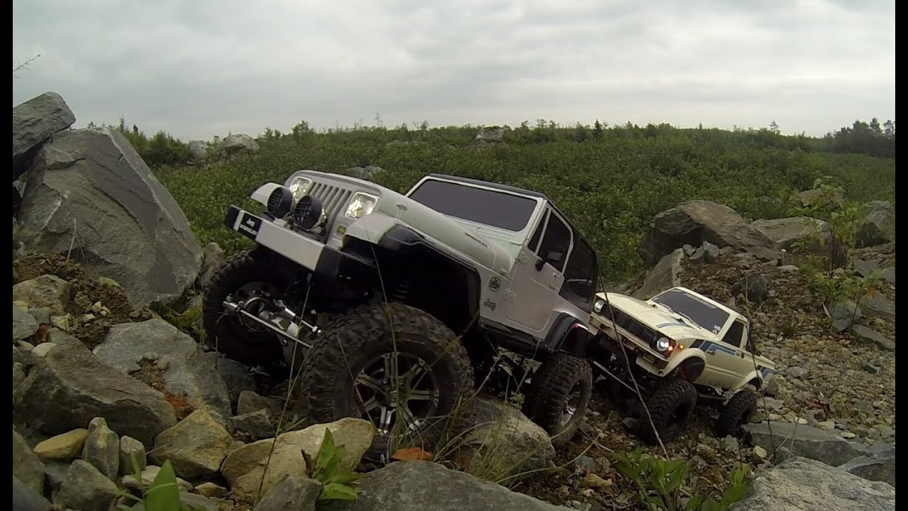 axial scx10 yota tamiya jeep wrangler yj custom rc scaler run youtube. Black Bedroom Furniture Sets. Home Design Ideas