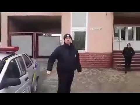 DAIhm: Так представляється поліція Ізяслава