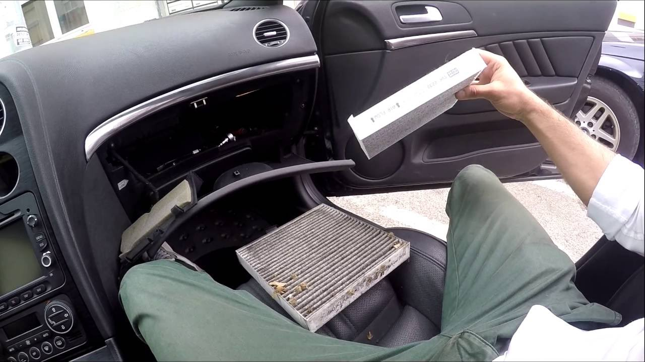 diy how to change cabin pollen filter alfa romeo 159 eng subs youtube. Black Bedroom Furniture Sets. Home Design Ideas