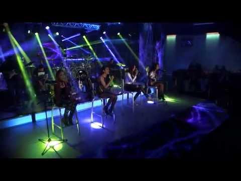 "Las Fenix - ""A Puro Dolor"" (Retro Live)"