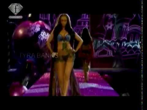 Tyra Banks - Retrospectiva Victoria's Secret (Fashion TV)