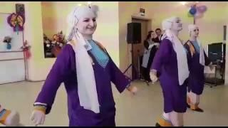 Скачать Аварский танец ГООР Ансамбль Эхо Кавказа