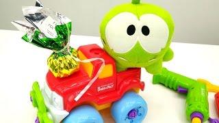 Видео для детей: Ам Ням в автомастерской. Игры Ам Няма. Видео с игрушками #АмНям