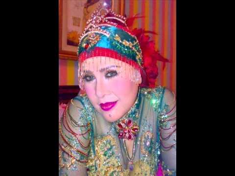 Ratu Dangdut Elvy Sukaesih -  Bara Cinta