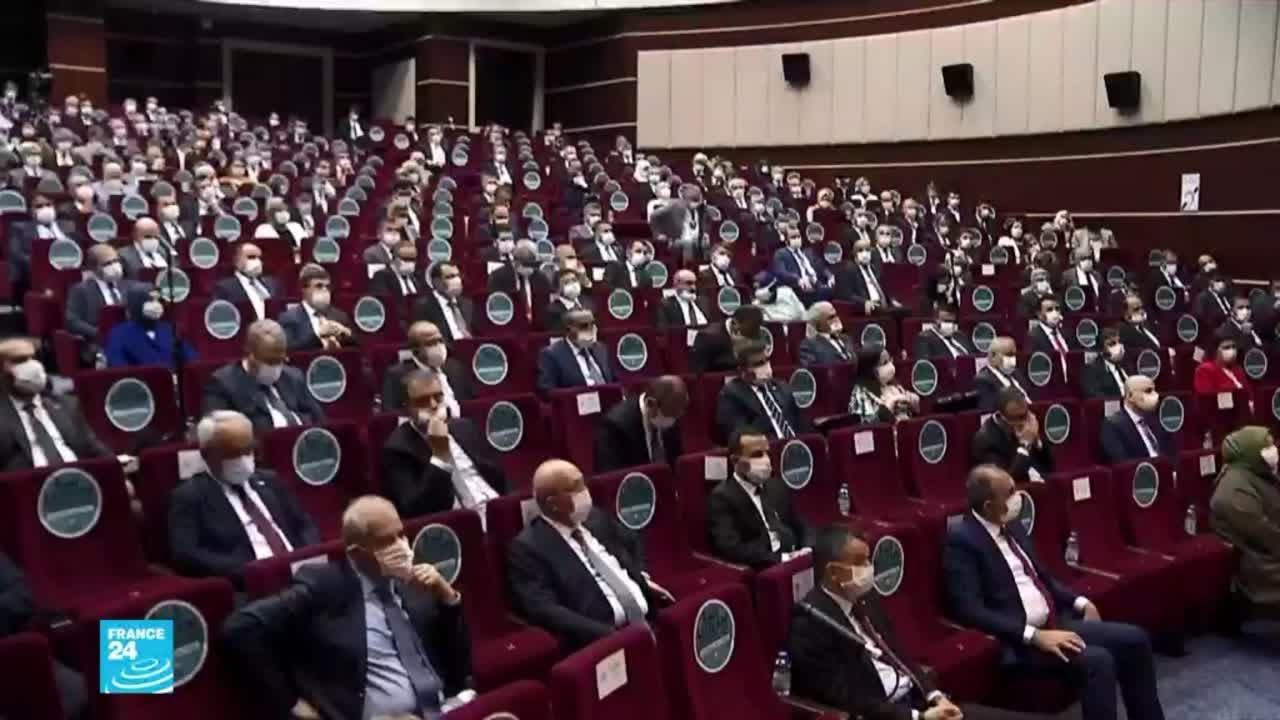 اعتقال عشرات من الضباط المتقاعدين على خلفية -محاولة انقلاب سياسي- في تركيا  - 18:59-2021 / 4 / 6