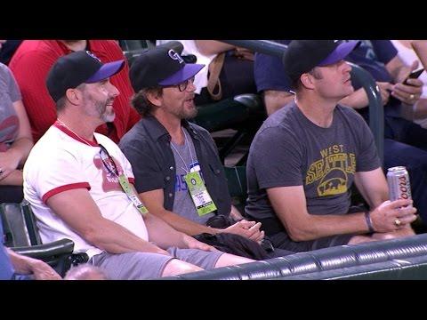 Weiss on meeting Eddie Vedder before game