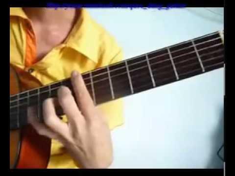 YouTube - Guitar Trieu Doa Hong( Million Scarlet Roses).flv