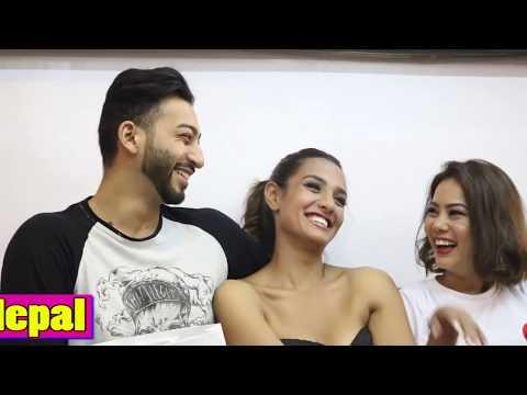 प्रियंका र आयुष्मानले मिडियाकै अगाडी मायामा होस हराएपछि यति सम्म गरे !Priyanka Karki & Ayushman Love