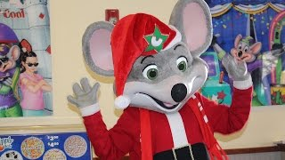 Chuck E. Cheese Christmas Fun with FlipaZoo | Santa Chuck E. Cheese | Chuck E. Cheese Happy Dance