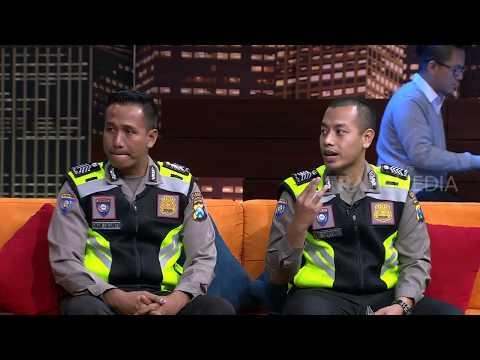 POLISI YANG MEMBANTU PERSALINAN | HITAM PUTIH  (13/04/18) 1-4