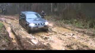 Nissan Patrol - непроходимых мест нет!