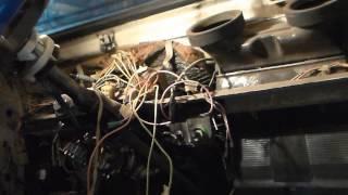 Установка аварийной световой сигнализации ВАЗ 2101-Классика.(Установка(аварийки) аварийной световой сигнализации ВАЗ 2101-Классика. P.S плюс на кнопку аварийки взял с..., 2014-11-25T15:20:20.000Z)