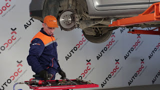 VW TOURAN 1T1, 1T2 első stabilizátor persely csere [ÚTMUTATÓ]