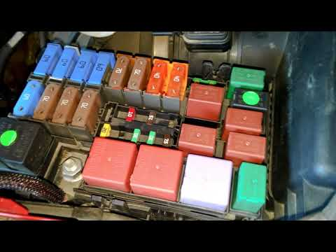 renault espace iv - fuse box location (engine compartment) - youtube  youtube