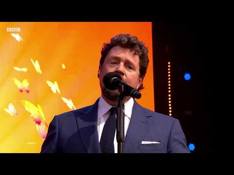 This Is Me The Greatest Showman - Michael Ball, Rock Choir & BBC Concert Orch.