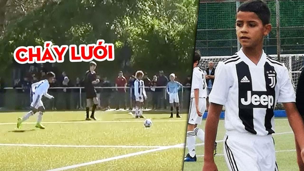 Tài năng thiên bẩm của con trai Cristiano Ronaldo sánh ngang với cha mình