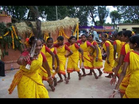 TRIBAL WOMEN DARUVU