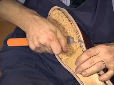 buy popular 87a05 b6d7a Schuhmacherei - Herstellung von rahmengenähten Schuhen in Handarbeit