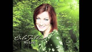 Play Down To The River To Pray (Feat. The Dublin Gospel Choir)