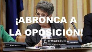 ¡ROSA MARÍA MATEO PIERDE LOS PAPELES EN SU DESPEDIDA!
