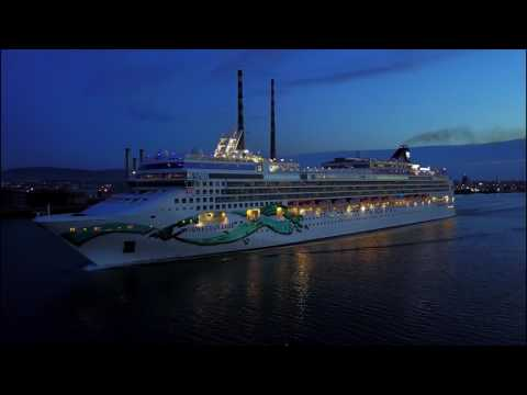 NORWEGIAN JADE CRUISE SHIP DEPARTING FROM DUBLIN PORT IRELAND ON ROUTE TO BELFAST PORT
