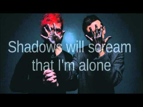 Twenty One Pilots- Migraine (Lyrics)