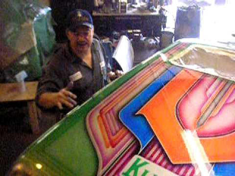 Car Colors Paint >> ( Lowrider ) Mario expaining the colors of the patterns to the Green Lincoln town Car - YouTube