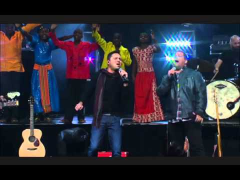 Chris Tomlin - How Great Is Our God (World Edition. Live. Passion 2012)