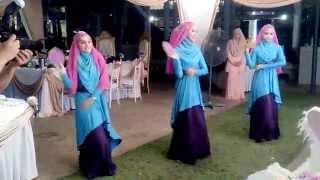 Tarian di Majlis Perkahwinan ( Lagu Nirmala - Siti Nurhaliza )