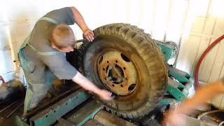 PRAGA S5T jak zouvá pneu profík :-))