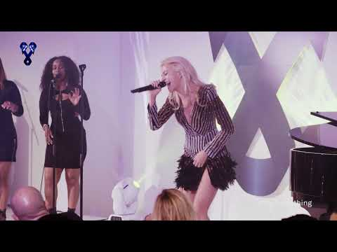 Pixie Lott - Cry Me Out / Baby - Fashion Ball 2017