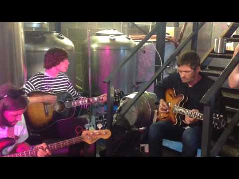 New Lion Brewery Sessions: Ultimate Painting: 'Rolling in the Deep End'