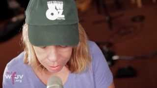 "Rickie Lee Jones - ""Christmas In New Orleans"" (Live at WFUV)"